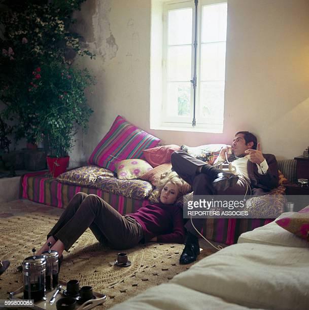 Jane Fonda et Roger Vadim chez eux en 1967 en France