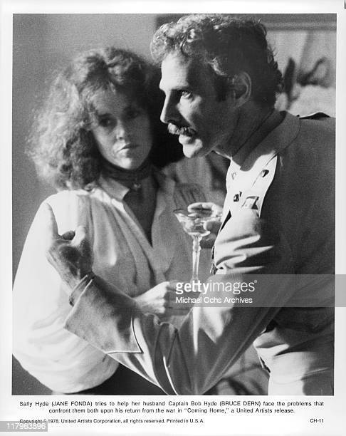 Jane Fonda tries to help Bruce Dern in a scene from the film 'Coming Home' 1978