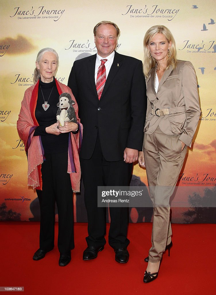 <a gi-track='captionPersonalityLinkClicked' href=/galleries/search?phrase=Jane+Goodall&family=editorial&specificpeople=224034 ng-click='$event.stopPropagation()'>Jane Goodall</a>, German Minister <a gi-track='captionPersonalityLinkClicked' href=/galleries/search?phrase=Dirk+Niebel&family=editorial&specificpeople=710721 ng-click='$event.stopPropagation()'>Dirk Niebel</a> and <a gi-track='captionPersonalityLinkClicked' href=/galleries/search?phrase=Nina+Ruge&family=editorial&specificpeople=216405 ng-click='$event.stopPropagation()'>Nina Ruge</a> attend Jane's Journey (Die Lebensreise der <a gi-track='captionPersonalityLinkClicked' href=/galleries/search?phrase=Jane+Goodall&family=editorial&specificpeople=224034 ng-click='$event.stopPropagation()'>Jane Goodall</a>) Germany premiere at Astor Film Lounge on August 26, 2010 in Berlin, Germany.