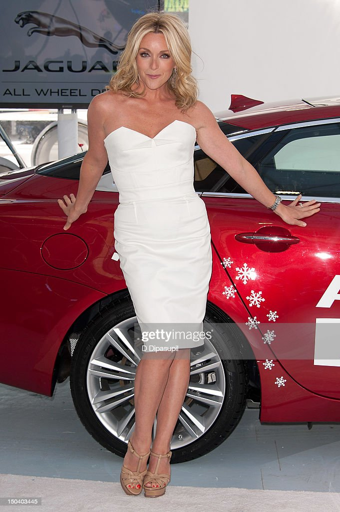 Jane Krakowski attends the opening of Jaguar's 'Chill NY' at High Line Park on August 16, 2012 in New York City.