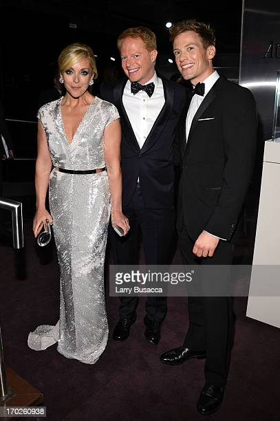 Jane Krakowski Jesse Tyler Ferguson and Barrett Foa attend The 67th Annual Tony Awards green room at Radio City Music Hall on June 9 2013 in New York...