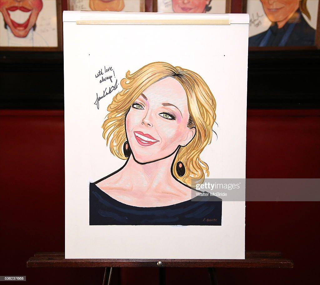 Jane Krakowski Sardi's portrait unveiling at Sardi's on May 31, 2016 in New York City.