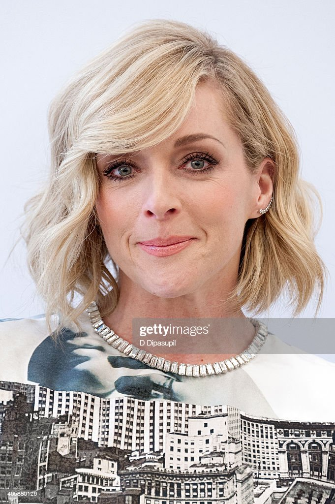 Jane Krakowski visits 'Extra' at their New York studios at HM in Times Square on March 11 2015 in New York City