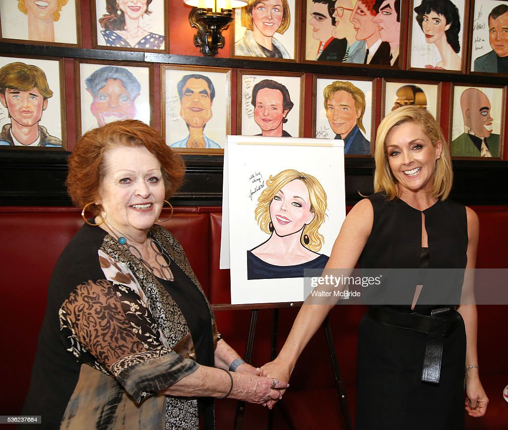 <a gi-track='captionPersonalityLinkClicked' href=/galleries/search?phrase=Jane+Krakowski&family=editorial&specificpeople=203166 ng-click='$event.stopPropagation()'>Jane Krakowski</a> with her mother Barbara Krajkowski attend the <a gi-track='captionPersonalityLinkClicked' href=/galleries/search?phrase=Jane+Krakowski&family=editorial&specificpeople=203166 ng-click='$event.stopPropagation()'>Jane Krakowski</a> Sardi's portrait unveiling at Sardi's on May 31, 2016 in New York City.