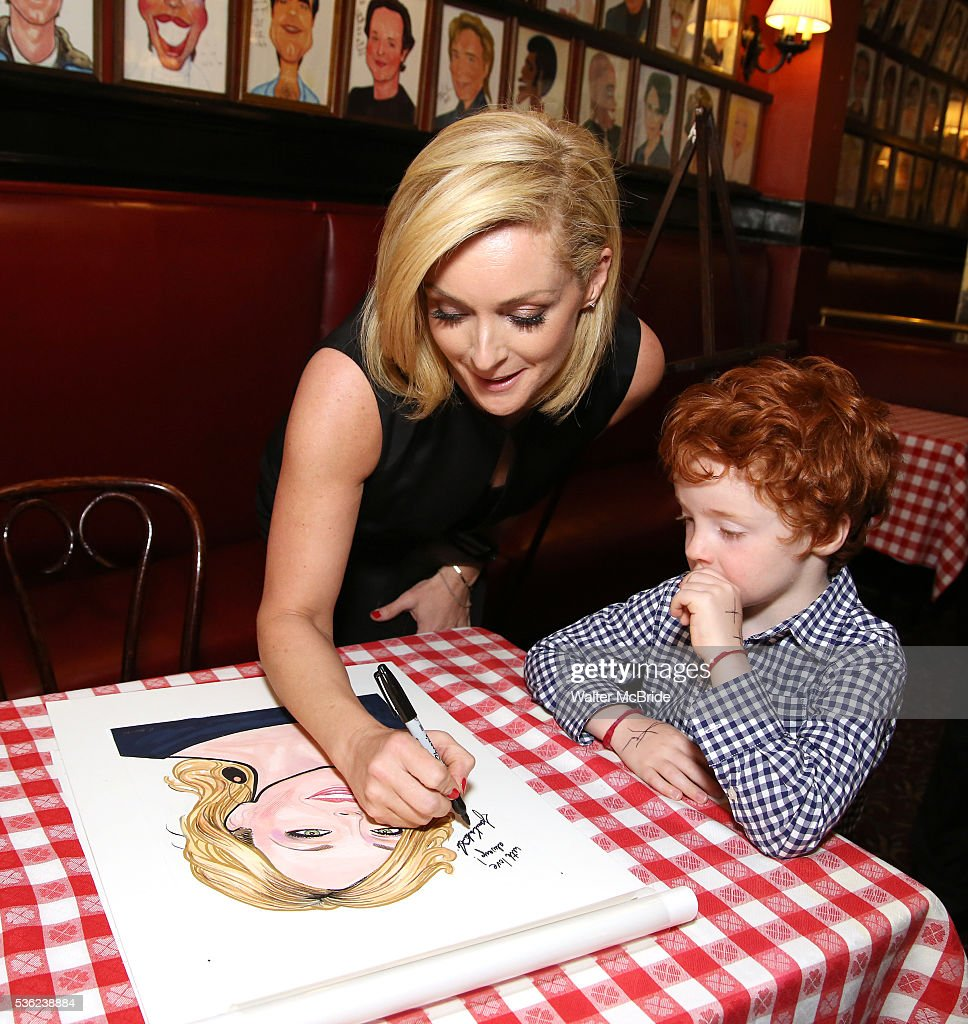 <a gi-track='captionPersonalityLinkClicked' href=/galleries/search?phrase=Jane+Krakowski&family=editorial&specificpeople=203166 ng-click='$event.stopPropagation()'>Jane Krakowski</a> with son Bennett Robert Godley attend the <a gi-track='captionPersonalityLinkClicked' href=/galleries/search?phrase=Jane+Krakowski&family=editorial&specificpeople=203166 ng-click='$event.stopPropagation()'>Jane Krakowski</a> Sardi's portrait unveiling at Sardi's on May 31, 2016 in New York City.