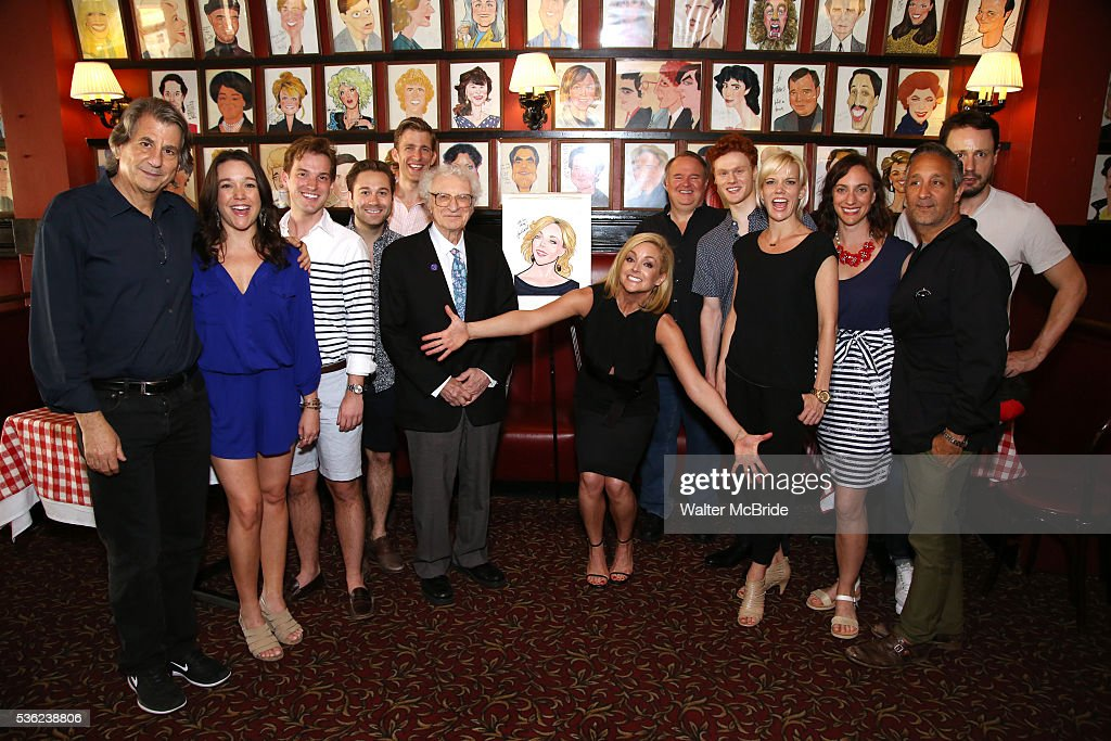 <a gi-track='captionPersonalityLinkClicked' href=/galleries/search?phrase=Jane+Krakowski&family=editorial&specificpeople=203166 ng-click='$event.stopPropagation()'>Jane Krakowski</a> with the cast and creative team of 'She Loves Me' attend the <a gi-track='captionPersonalityLinkClicked' href=/galleries/search?phrase=Jane+Krakowski&family=editorial&specificpeople=203166 ng-click='$event.stopPropagation()'>Jane Krakowski</a> Sardi's portrait unveiling at Sardi's on May 31, 2016 in New York City.