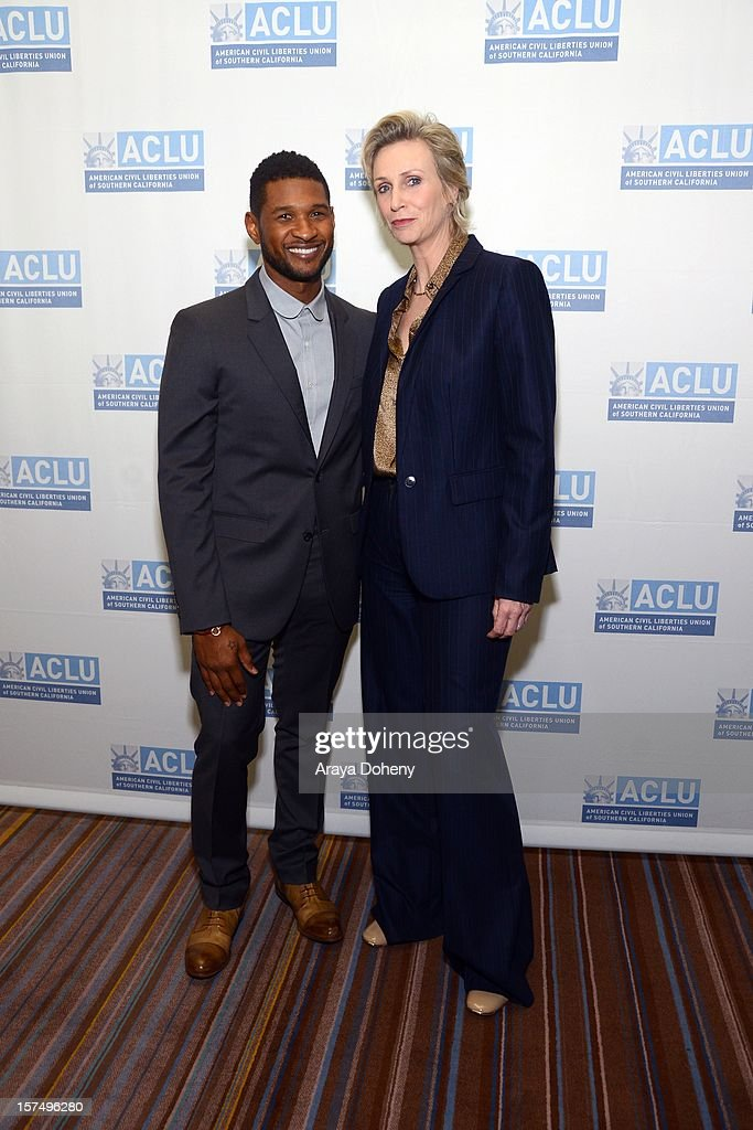<a gi-track='captionPersonalityLinkClicked' href=/galleries/search?phrase=Jane+Lynch&family=editorial&specificpeople=663918 ng-click='$event.stopPropagation()'>Jane Lynch</a> and Usher attend the ACLU of Southern California's 2012 Bill of Rights Dinner at the Beverly Wilshire Four Seasons Hotel on December 3, 2012 in Beverly Hills, California.