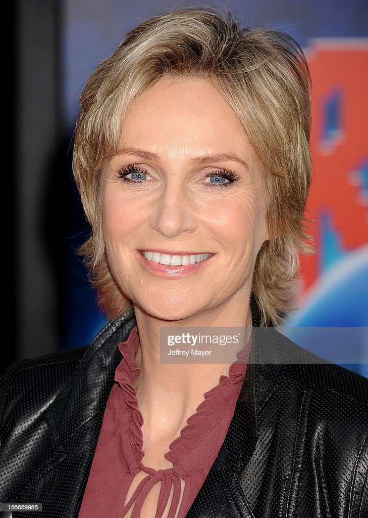 Jane Lynch arrives at the Los Angeles premiere of 'Wreck-It Ralph' at the El Capitan Theatre on October 29, 2012 in Hollywood, California.