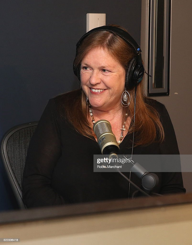 Jane Sanders visits SiriusXM's 'Leading Ladies' series with host Julie Mason on the P.O.T.U.S. channel 124 at SiriusXM Studio on April 18, 2016 in New York City.