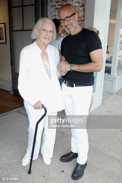 Jane Wilson and Tim O'Brien attend Opening Reception for JOHN JONAS GRUEN at Gallery B on July 17 2010 in Sag Harbor NY