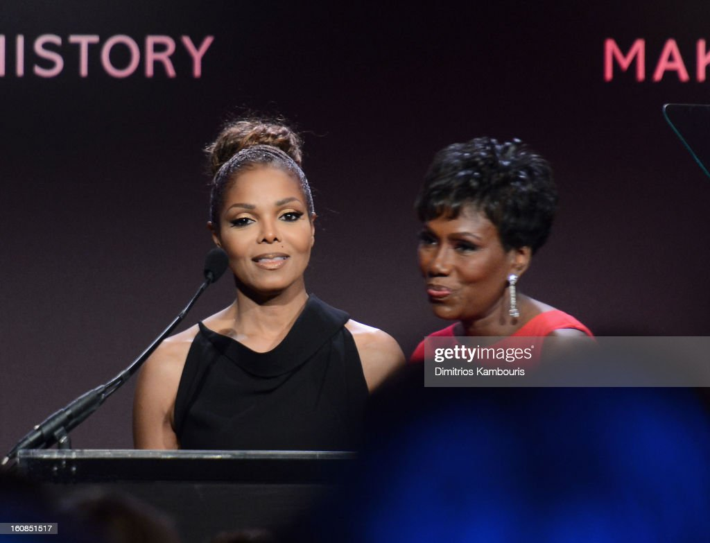 <a gi-track='captionPersonalityLinkClicked' href=/galleries/search?phrase=Janet+Jackson&family=editorial&specificpeople=156414 ng-click='$event.stopPropagation()'>Janet Jackson</a> (L) and Maria Davis speak onstage at the amfAR New York Gala to kick off Fall 2013 Fashion Week at Cipriani Wall Street on February 6, 2013 in New York City.