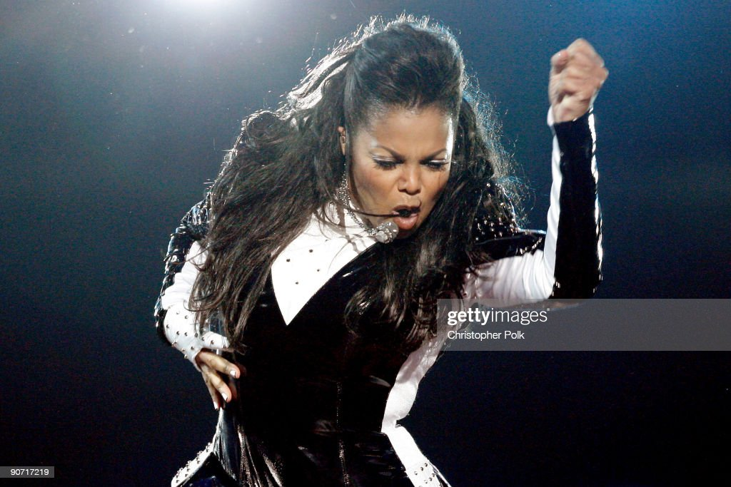<a gi-track='captionPersonalityLinkClicked' href=/galleries/search?phrase=Janet+Jackson&family=editorial&specificpeople=156414 ng-click='$event.stopPropagation()'>Janet Jackson</a> performs onstage during the 2009 MTV Video Music Awards at Radio City Music Hall on September 13, 2009 in New York City.