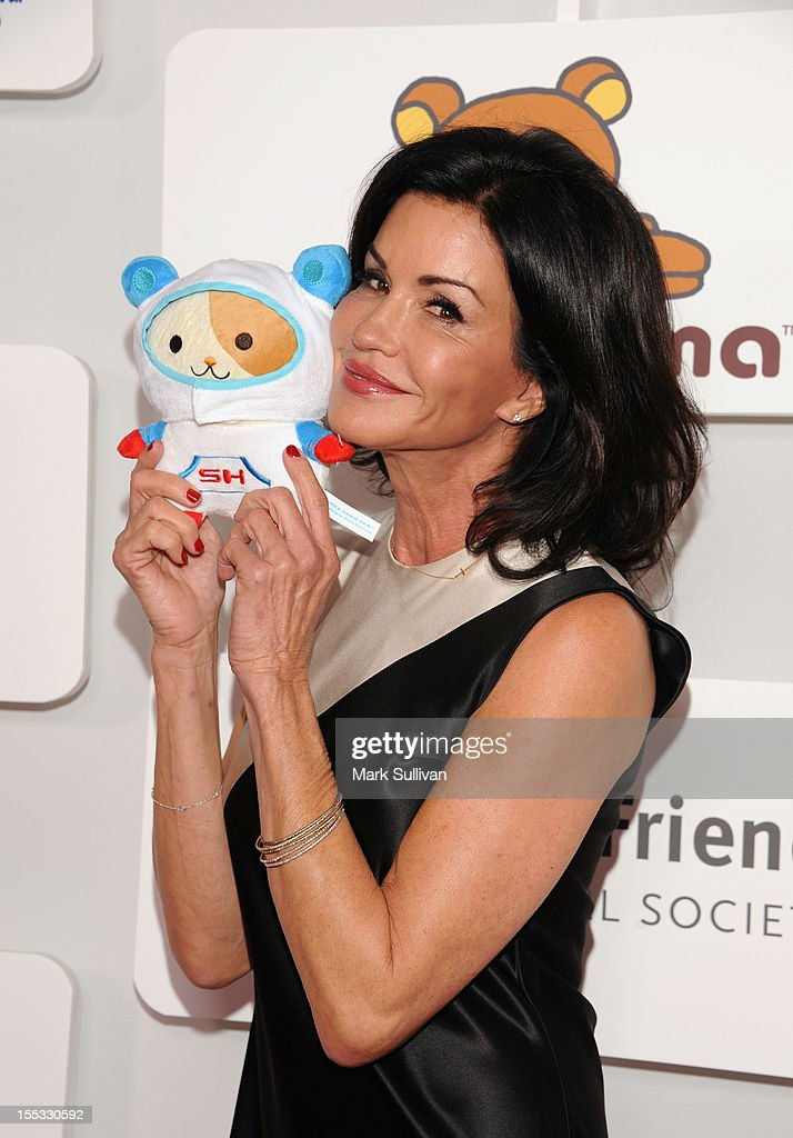 Janice Dickinson attends Rilakkuma & Space Hamsters at The Mark for Events on November 2, 2012 in Los Angeles, California.