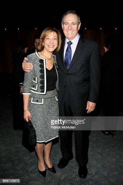 Janice Kaplan and Walter Anderson attend PARADE MAGAZINE and SI Newhouse Jr honor Walter Anderson at The 4 Seasons Grill Room on March 31 2009 in New...