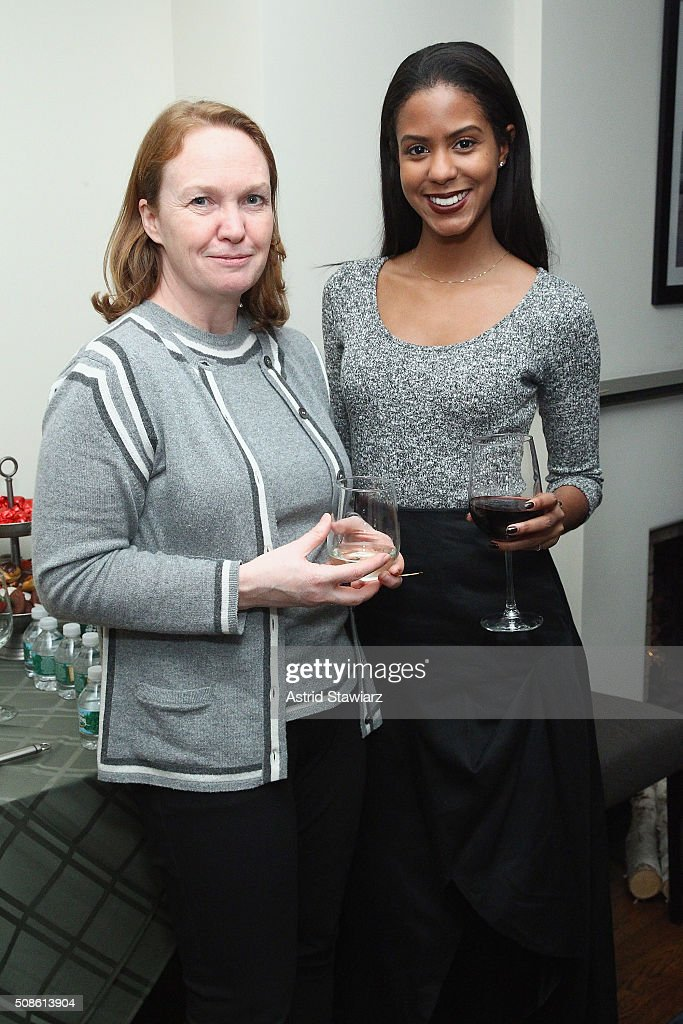 Janice Leigh (L) and Jasmine Pierce attend an intimate evening of friends and colleagues at Mr. Colin Dougherty's New York City apartment on February 5, 2016 in New York City.