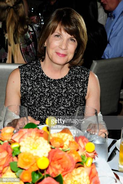 Janice Parker attends the Decoration and Design Building celebrates the 2017 winners of the DDB's 10th Anniversary of Stars of Design Awards at DD...