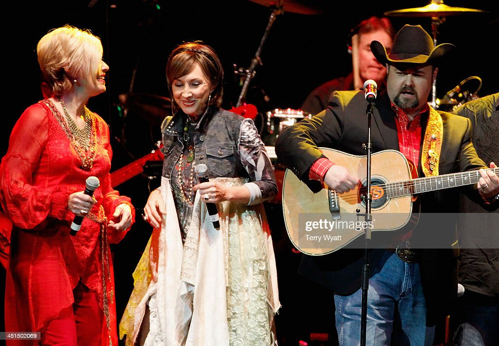 Janie Fricke, Pam Tillis, and Daryle Singletary perform during Playin' Possum! The Final No Show Tribute To George Jones - Show at Bridgestone Arena on November 22, 2013 in Nashville, Tennessee.