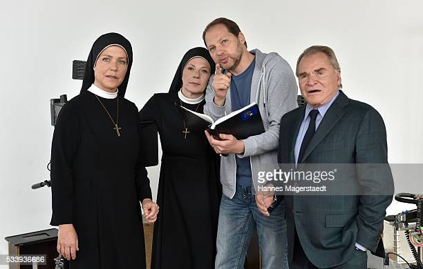 Janina Hartwig Nina Hoger Dennis Satin and Fritz Wepper during a photocall for the tv show 'Um Himmels Willen' at Literaturhaus on May 24 2016 in...