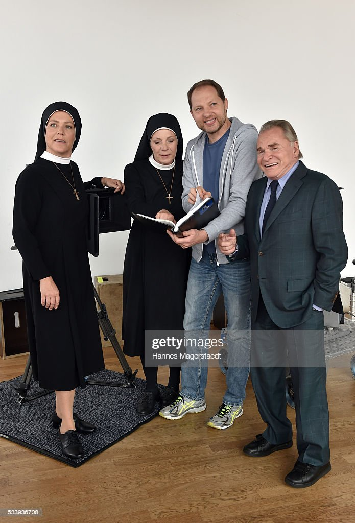 Janina Hartwig, Nina Hoger, Dennis Satin (Regie) and Fritz Wepper during a photocall for the tv show 'Um Himmels Willen' at Literaturhaus on May 24, 2016 in Munich, Germany.