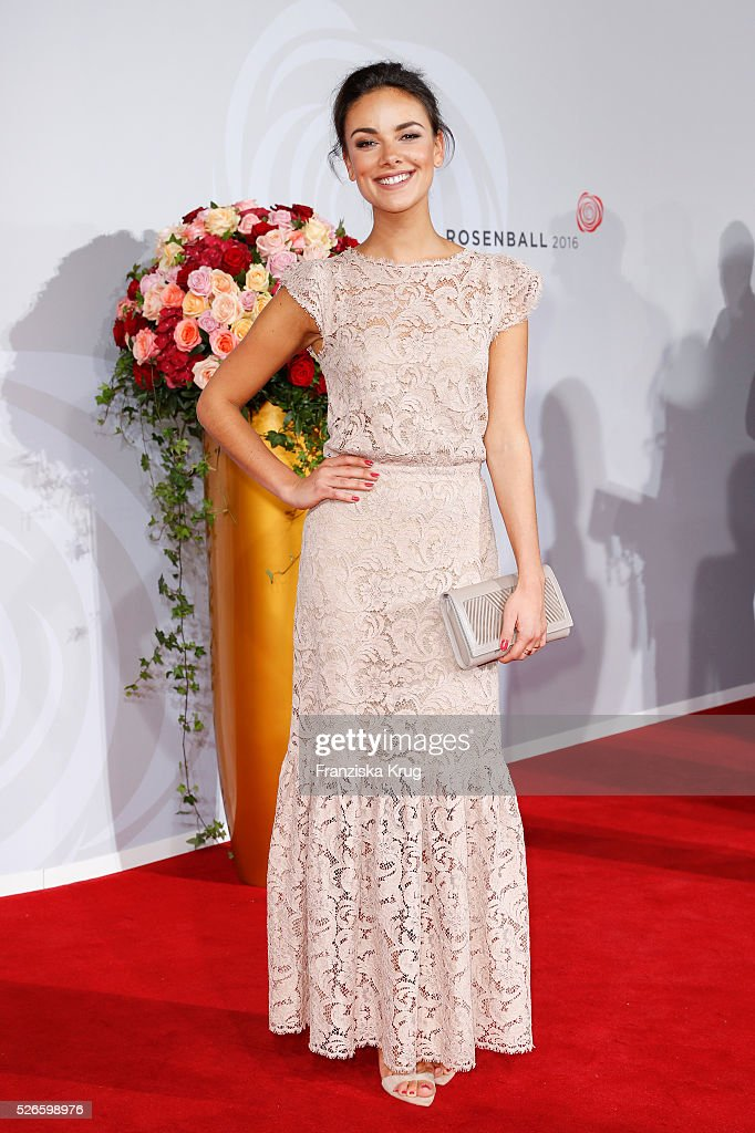 Janina Uhse attends the Rosenball 2016 on April 30 in Berlin, Germany.
