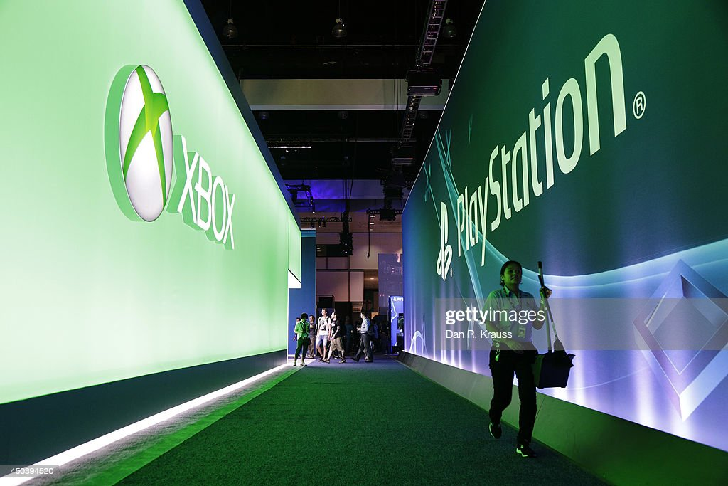 A janitor walks down a hallway inside of E3 Electronic Entertainment Expo June 10, 2014 in Los Angeles, California. The annual video game conference and show runs June 10-12.