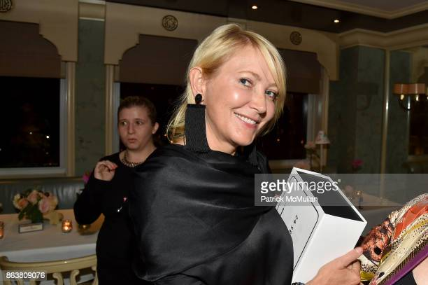 Janna Bullock attend the launch of Second Bloom Cathy Graham's Art of the Table hosted by Joanna Coles and Clinton Smith at Bergdorf Goodman on...