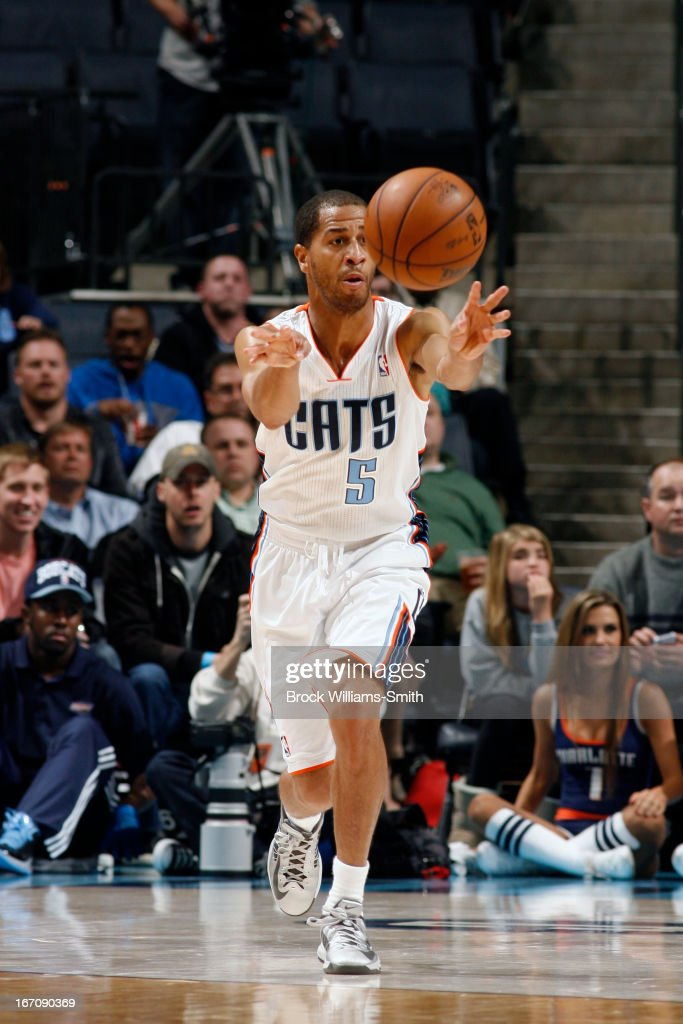 <a gi-track='captionPersonalityLinkClicked' href=/galleries/search?phrase=Jannero+Pargo&family=editorial&specificpeople=206618 ng-click='$event.stopPropagation()'>Jannero Pargo</a> #5 of the Charlotte Bobcats passes the ball up court against the Washington Wizards at the Time Warner Cable Arena on March 18, 2013 in Charlotte, North Carolina.