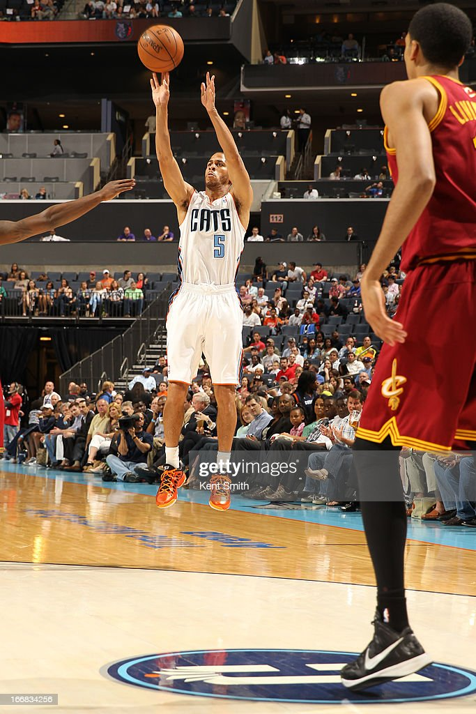Jannero Pargo #5 of the Charlotte Bobcats shoots against the Cleveland Cavaliers at the Time Warner Cable Arena on April 17, 2013 in Charlotte, North Carolina.