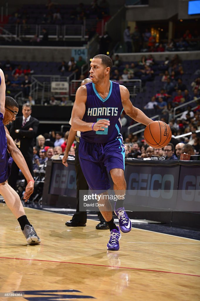 Jannero Pargo #5 of the Charlotte Hornets handles the ball against the Washington Wizards during a game at the Verizon Center on October 17, 2014 in Washington, DC.