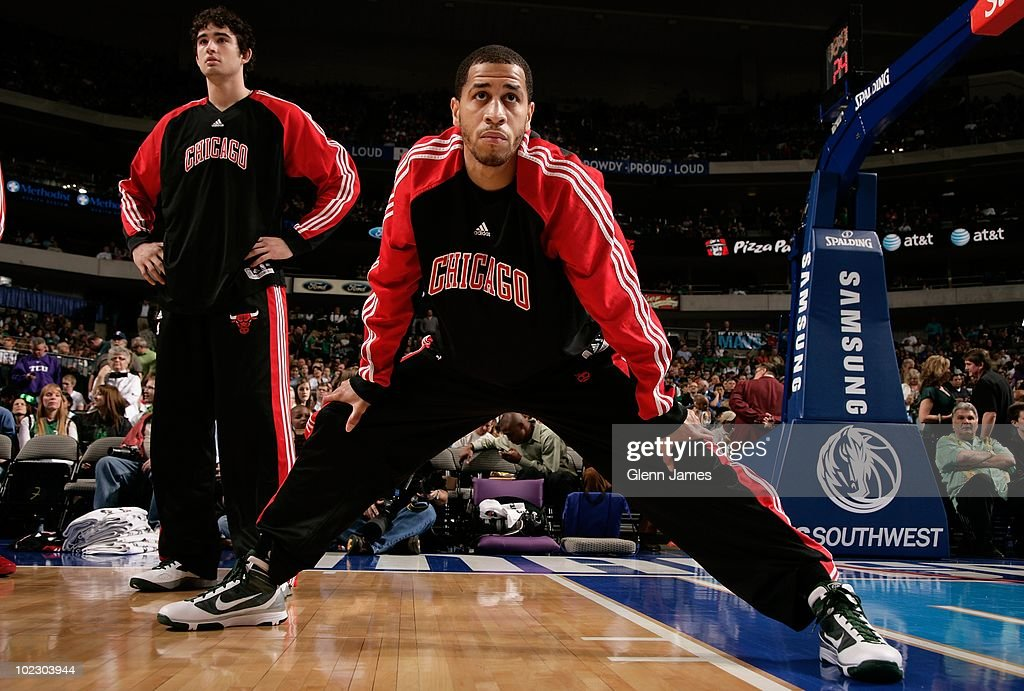 Jannero Pargo #2 of the Chicago Bulls stretches prior to the game against the Dallas Mavericks at the American Airlines Center on March 17, 2010 in Dallas, Texas. The Mavericks won 113-106.