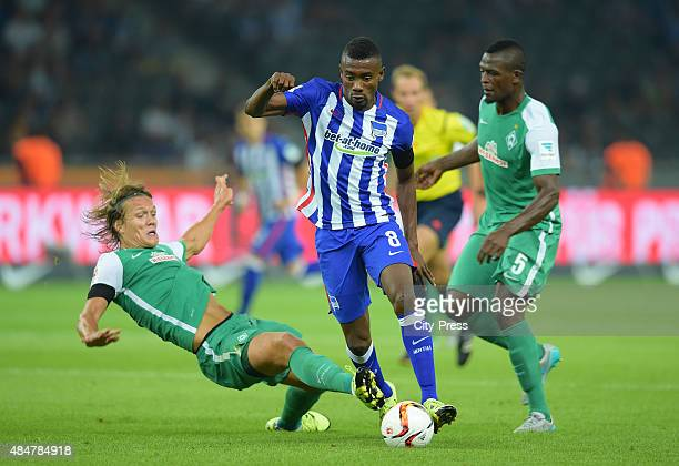 Jannik Vestergaard of Werder Bremen Salomon Kalou of Hertha BSC and Assani Lukimya of Werder Bremen during the game between Hertha BSC and Werder...