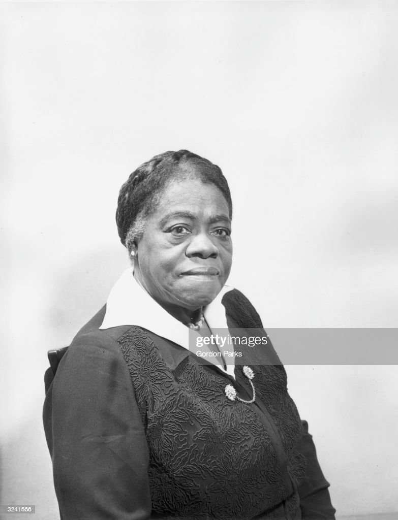 mary mcleod bethune Mary mcleod bethune was born on july 10,1875 to former slaves samuel and pasty mcleod in mayesville, south carolina she was one of 17 children mary worked in the cotton fields with her family.