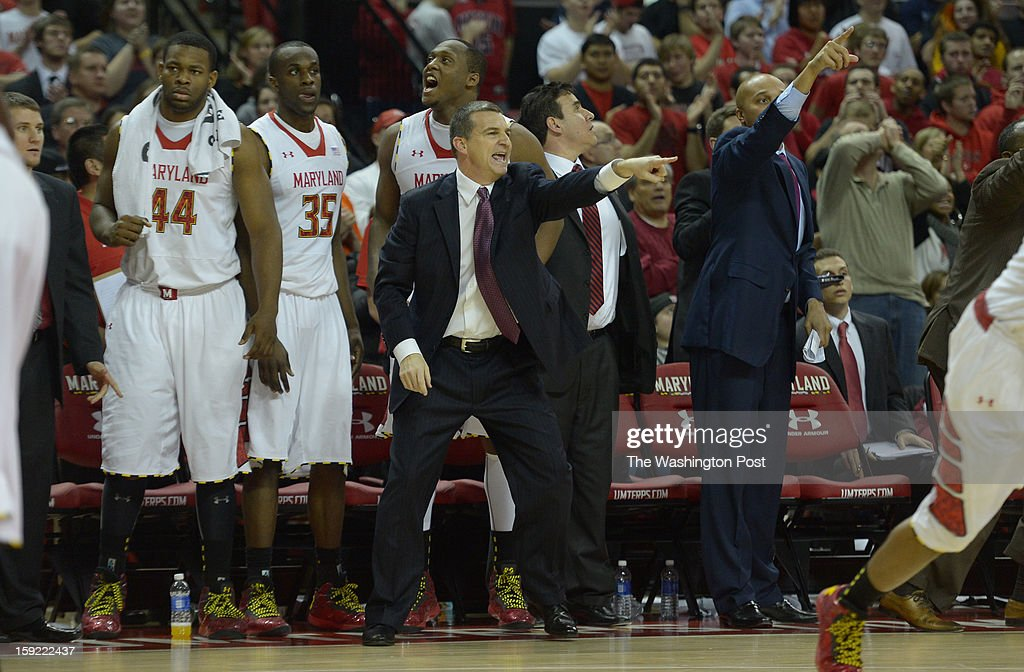 Maryland Terrapins head coach Mark Turgeon directs his defenders during the final seconds of their 65-62 loss to the Florida State Seminoles on January 9, 2013 in College Park, MD