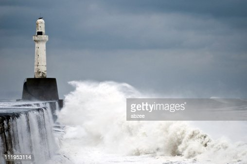 January storm cause waters to rage at Aberdeen leading light