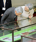 TOKYO Japan Emperor Akihito and Empress Michiko view an exhibition on the Meijimaru at Tokyo University of Marine Science and Technology's Etchujima...
