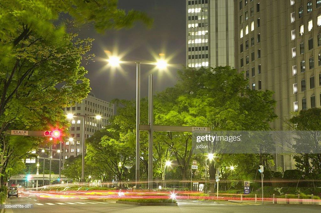 Japan, Honshu, Tokyo, Shinjuku, traffic at dusk (long exposure) : Stock Photo