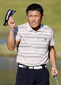 KATO Japan Japan's Shigeki Maruyama responds to the crowd after sinking a birdie on the 18th hole at the Mynavi ABC Championship at ABC Golf Club in...