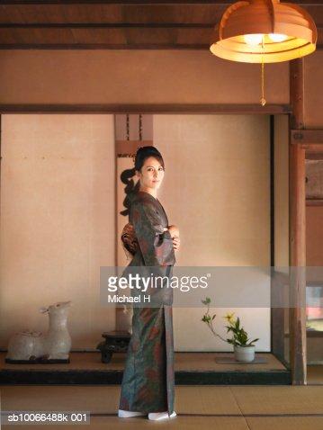 enko-celebrity.blogspot.com - İçerik uyarısı