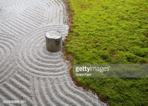 Japan, Kyoto, Tokofu-ji (temple) gardens, elevated view