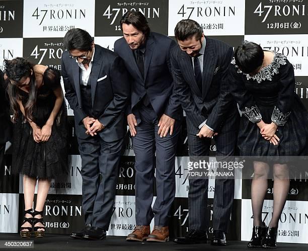 Japanese actress Ko Shibasaki actor Hiroyuki Sanada Canadian actor Keanu Reeves Japanese actor Tadanobu Asano and actress Rinko Kikuchi bow at the...