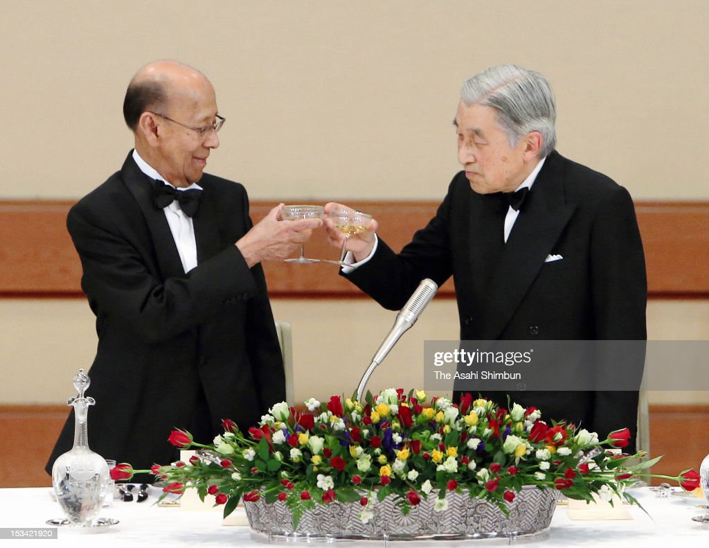 Japanese Emperor Akihito and Malaysian King Abdul Halim Mu'adzam Shah toast during the state dinner at the Imperial Palace on October 3, 2012 in Tokyo, Japan.