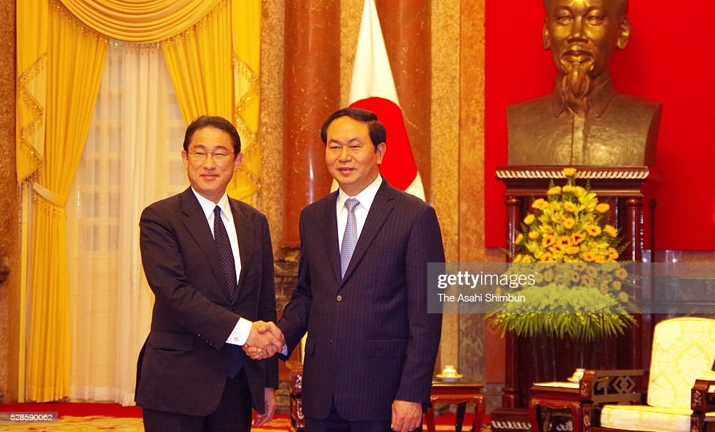 Japanese Foreign Minister <a gi-track='captionPersonalityLinkClicked' href=/galleries/search?phrase=Fumio+Kishida&family=editorial&specificpeople=10093794 ng-click='$event.stopPropagation()'>Fumio Kishida</a> (L) and Vietnamese President Tran Dai Quang shake hands prior to their meeting on May 6, 2016 in Hanoi, Vietnam. Kishida is on tour to Asia.