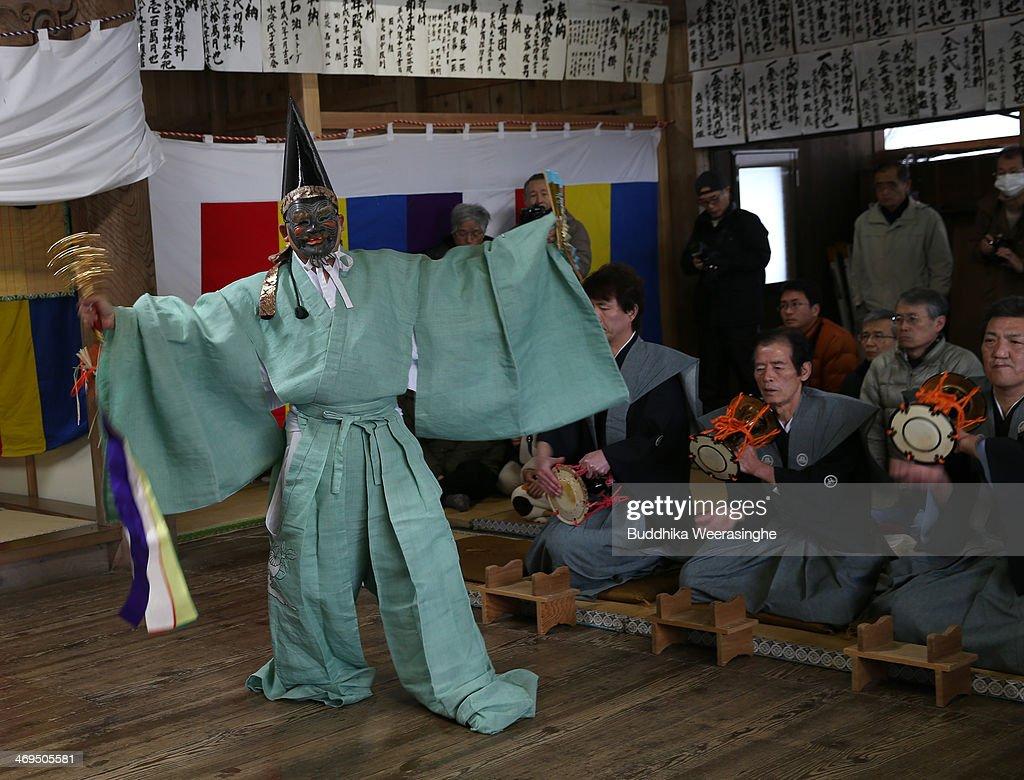 fukui men 富贵门是由庄伟建导演,罗嘉良,马德钟,吕良伟等主演的香港电视剧,共41集。爱奇艺在线观看《富贵门》全集高清视频。剧情简介:这是一个关于人性试炼的故事。故事以.