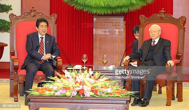 Japanese Prime Minister Shinzo Abe and Vietnam Communist Party General Secretary Nguyen Phu Trong hold talks at the party headquarters on January 16...