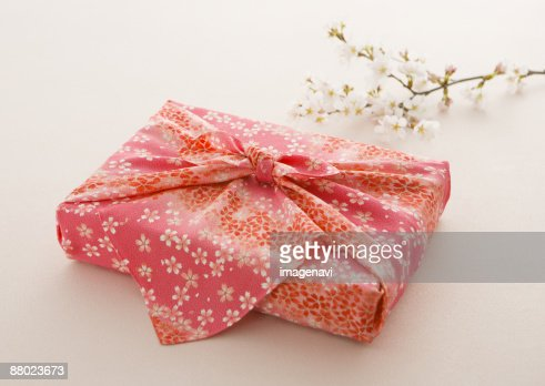 Furoshiki stock photos and pictures getty images for Japanese wrapping