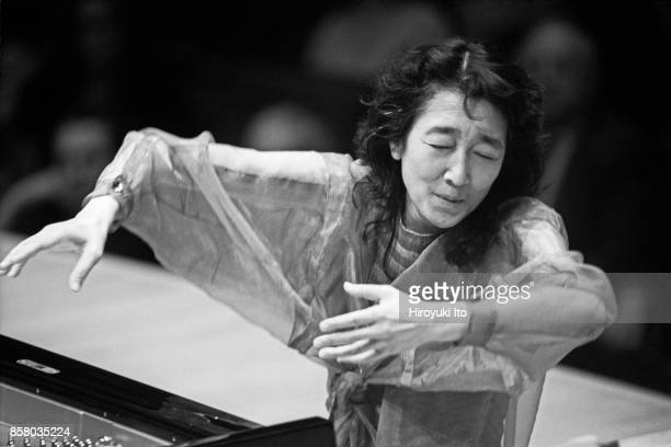 Japaneseborn British musician Mitsuko Uchida plays piano and conducts the Cleveland Orchestra in allMozart program at Carnegie Hall New York New York...