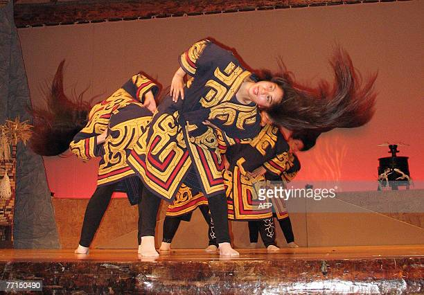 STORY 'JapanRussiadiplomacyKurilnativeFEATURE' by Shingo Ito Female dancers descendants of Ainu people perform traditional rituals to thank their God...