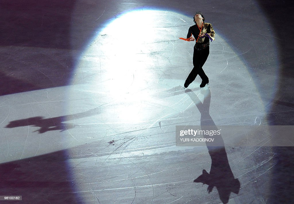 Japan's Daisuke Takahashi performs during the exhibition gala of the World Figure Skating Championships on March 28, 2010 at the Palavela ice-rink in Turin. AFP PHOTO / YURI KADOBNOV