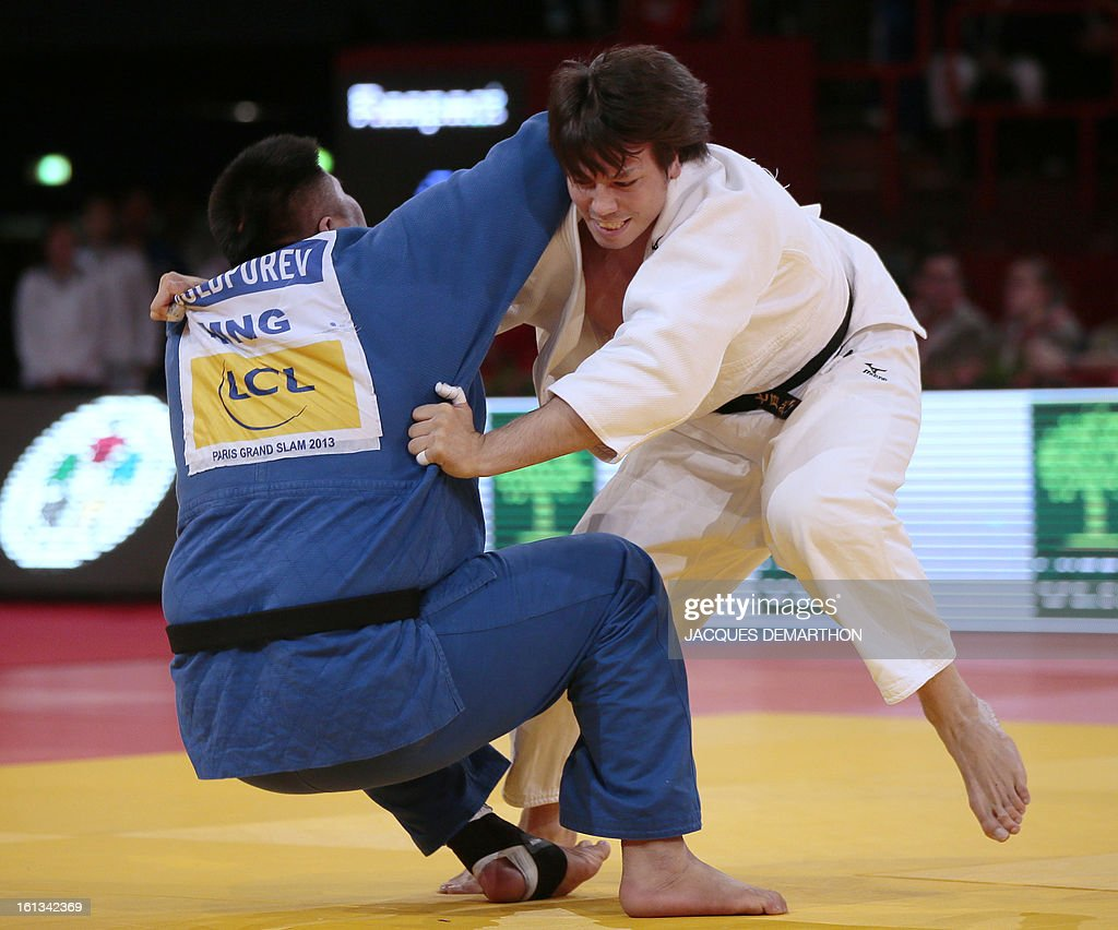 Japan's Shichinohe Ryu (R) fights against Mongolia's Sugarjargal Boldpurev on February 10, 2013 in the Men's over 100kg category qualifying fight during the Paris International Judo tournament, part of the Grand Slam, at the Palais Omnisports de Paris-Bercy (POPB).