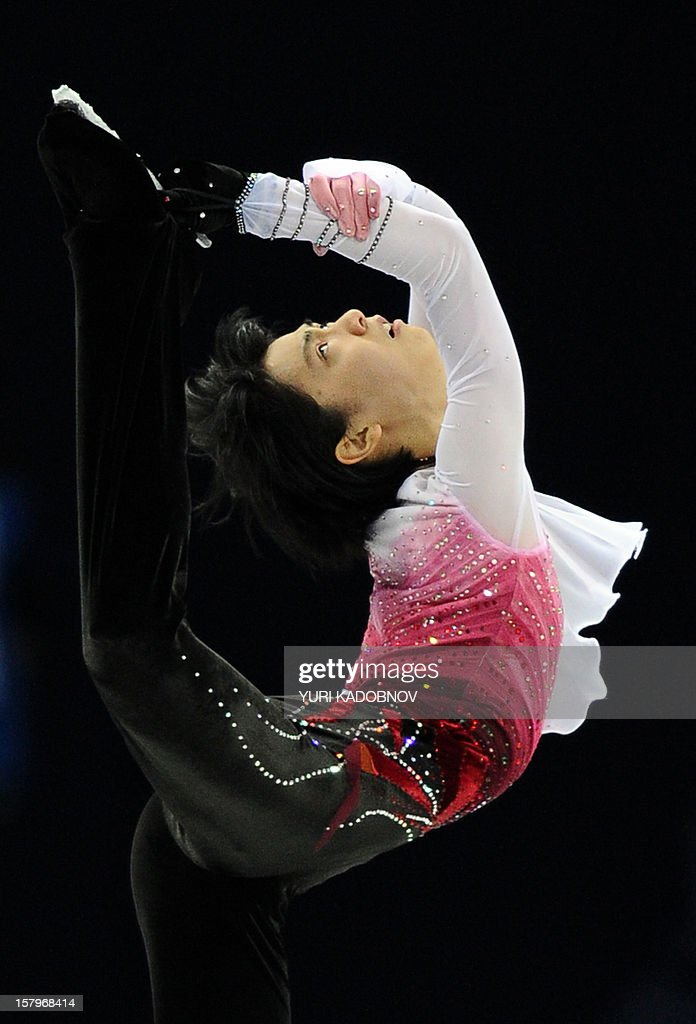 Japan's Yuzuru Hanyu performs during his men free skating at the ISU Grand Prix of Figure Skating Final in Sochi on December 8, 2012. AFP PHOTO/ YURI KADOBNOV